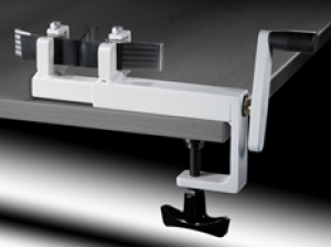 Dispozitiv manual de intindere si forfecare pentru testarea geomembranelor, cod K03678