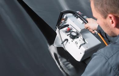 Masini automate de sudura cu pana calda membrane PE-HD si PVC